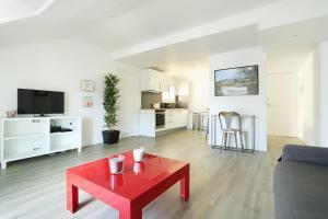 Apartment Ponthieu - Champs Elysées
