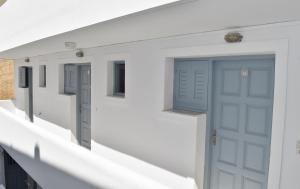 Zacharakis Studios(Kamari)
