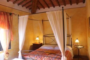 Casa Di Campagna In Toscana, Загородные дома  Совичилле - big - 13