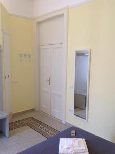 Seawall Holiday Home, Apartmány  Salerno - big - 30