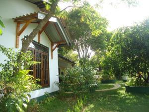 Bangalawa Resort, Guest houses  Habarana - big - 23