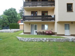 Apartment Mladenovic, Apartmanok  Zlatibor - big - 12