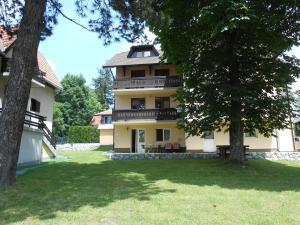 Apartment Mladenovic, Apartmanok  Zlatibor - big - 1