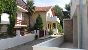 Apartment Roman