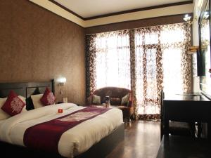 OYO Rooms Near Library Chowk