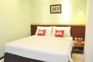 ZEN Rooms KH Mas Mansyur, Hotely  Surabaya - big - 3