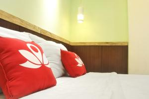 ZEN Rooms KH Mas Mansyur, Hotely  Surabaya - big - 19