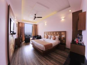 OYO Rooms Shivalik Hills View