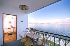 Reviews Lion Garden Lake view Hotel