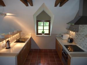 Brusna Farmhouse, Country houses  Lhenice - big - 4