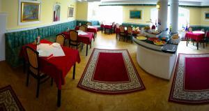 Muschel Panzió, Guest houses  Keszthely - big - 4