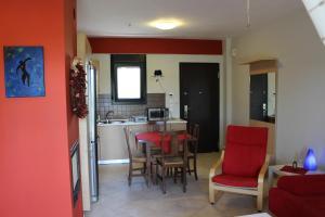 Housing Pefkos, Appartamenti  Nea Fokea - big - 69