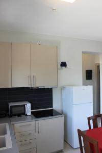 Housing Pefkos, Apartmanok  Néa Fókea - big - 76