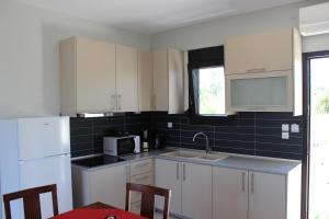 Housing Pefkos, Apartmanok  Néa Fókea - big - 79