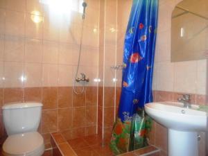 Guest house Limani on Chernomorskaya, Pensionen  Divnomorskoye - big - 9