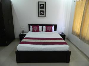 OYO Apartments Chatrapati Square Airport Road