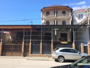 Guest house on Shapsugskaya 20, Gagra