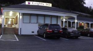 Nearby hotel : Knights Inn Galax