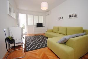 Bolt Holiday Apartment