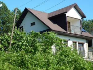 Дом для отпуска Октемберянской улице, Лазаревское