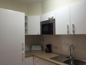 Apartment S. João, Apartmanok  Funchal - big - 6