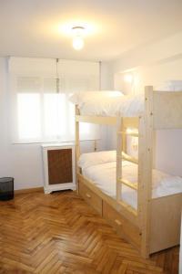 Hostel Santiago, Hostely  Santiago de Compostela - big - 4