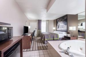 Super 8 Pigeon Forge, Hotels  Pigeon Forge - big - 18