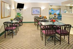 Microtel Inn by Wyndham Raleigh-Durham Airport