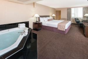 Ramada Hotel Downtown Calgary