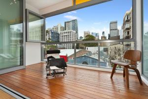R11S 2BR Darlinghurst - Uptown Apartments