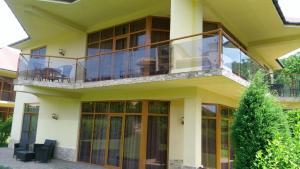 Коттедж Резиденция Солнца, Пляхо