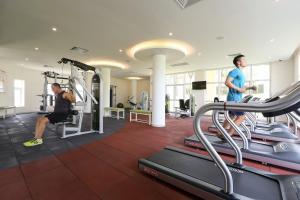 Centara Sandy Beach Resort Danang, Курортные отели  Дананг - big - 35