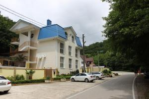 Гостевой дом Платонов, Вишнёвка
