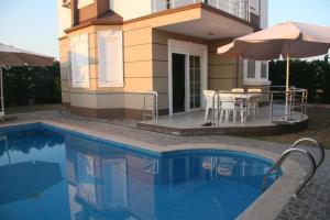 Villa Bouzid