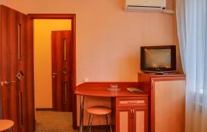 Guest House on Suvorovskyy Spusk, Pensionen  Simferopol - big - 11