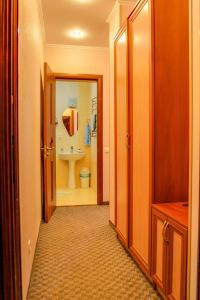 Guest House on Suvorovskyy Spusk, Pensionen  Simferopol - big - 12