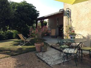 Le Figuier, Bed & Breakfast  Sainte-Maure-de-Touraine - big - 6
