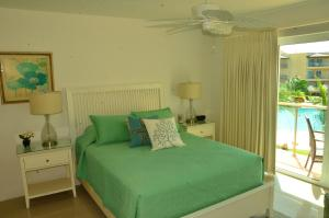 Royal Aquamarine Three-bedroom condo - BC252, Apartments  Palm-Eagle Beach - big - 8