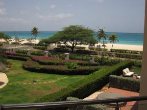 Royal Aquamarine Three-bedroom condo - BC252, Ferienwohnungen  Palm-Eagle Beach - big - 12