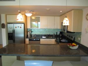 Royal Aquamarine Three-bedroom condo - BC252, Apartments  Palm-Eagle Beach - big - 21