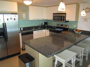 Royal Aquamarine Three-bedroom condo - BC252, Apartments  Palm-Eagle Beach - big - 22