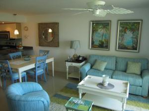 Royal Aquamarine Three-bedroom condo - BC252, Ferienwohnungen  Palm-Eagle Beach - big - 24