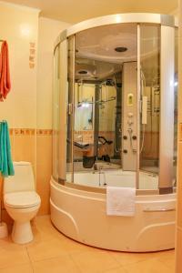 Guest House on Suvorovskyy Spusk, Pensionen  Simferopol - big - 31