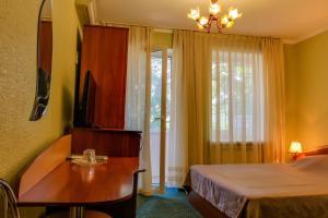 Guest House on Suvorovskyy Spusk, Pensionen  Simferopol - big - 38