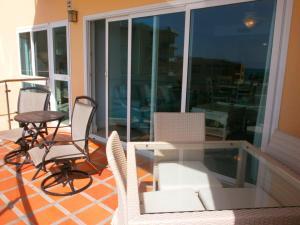 Supreme View Two-bedroom condo - A344, Apartmány  Palm-Eagle Beach - big - 14