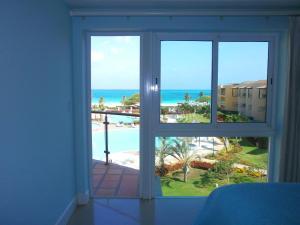 Supreme View Two-bedroom condo - A344, Apartmány  Palm-Eagle Beach - big - 23