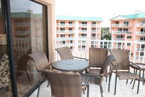 Beach Palms 404 Apartment, Apartments  Clearwater Beach - big - 3