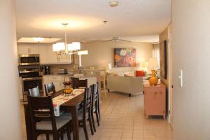 Beach Palms 404 Apartment, Apartmány  Clearwater Beach - big - 13