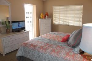 Beach Palms 404 Apartment, Apartments  Clearwater Beach - big - 23