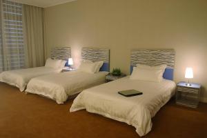 (The Land Hotel Shanghai)